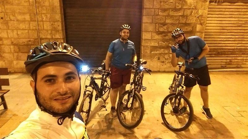 Night Ride, from furn chebak to Jounieh and back home ride  night ... (Jounieh Libanon)