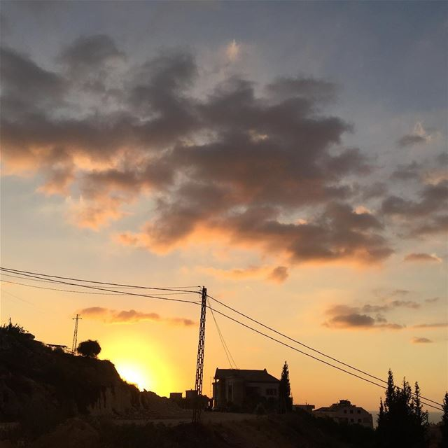 what makes an epic sunset?the burning color sky?a fancy silhouette in... (Rasmasqa Al Koura)
