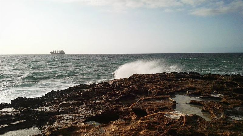 lebanon  batroun  summer  sea  waves  sunset  photography  ship  rocks ... (Batroûn)