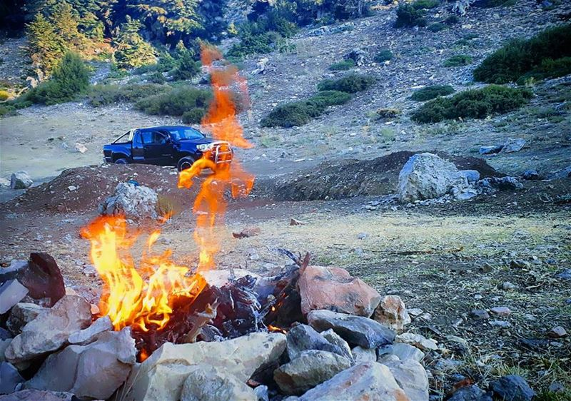 kobayat  saturdaygoals  saturdayretreat  fire  nature  forest  hiking ... (Al Qubayyat, Liban-Nord, Lebanon)