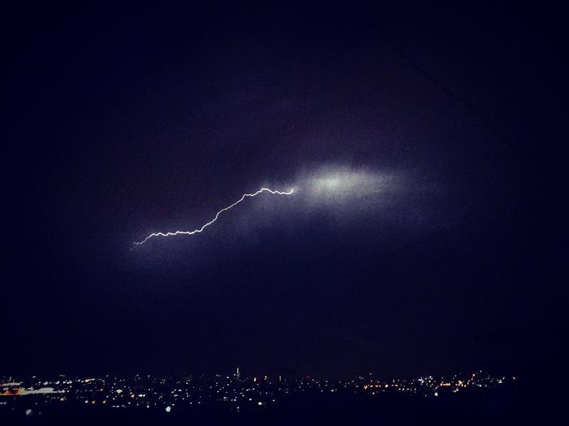 Lighting bolt ⚡️⚡️ photography  photographer  photographyislifee ... (Choueifat, Lebanon)