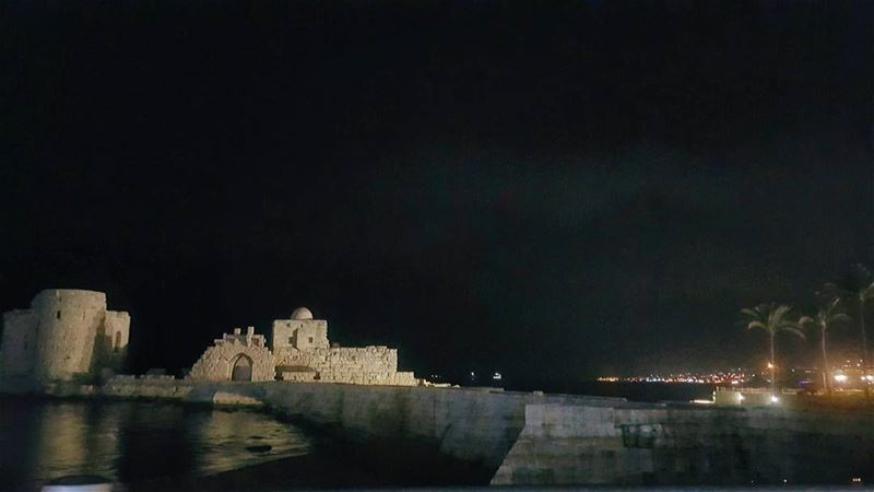 sidon  castle  sidoncastle  قلعة_صيدا  lebanon  night nightview  sea ... (Sidon Sea Castle)