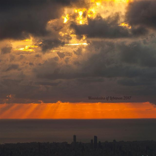 Just another Fall Clouded sunset over Beirut, with a nice layering of... (Balloûné, Mont-Liban, Lebanon)