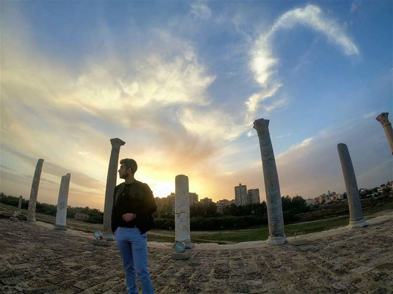 There is much more to these pillars than ancient ruins. 🏛  gopro  goprome... (Tyre, Lebanon)