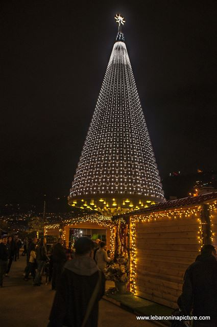 Jounieh Christmas Tree and Christmas Festival 2017 (Jounieh Lebanon)