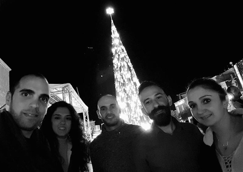 Christmas🎄 in black and white byblos- jbeil  christmas  tree ... (Byblos - Jbeil)