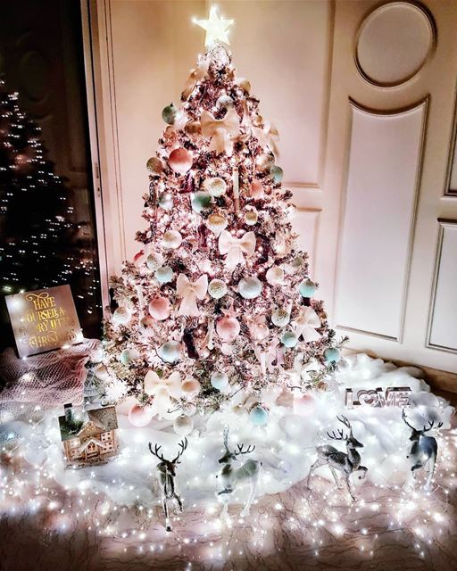Who said you can't have a pastel colored Christmas tree? (Since I couldn't...
