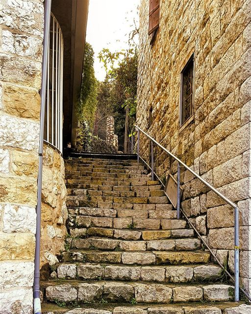 Old stairways often hide the most interesting stories in villages 🛤🏡🏘 ... (Mount Lebanon Governorate)
