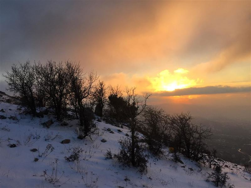 sunset  landscape  snow  nature  naturelovers  nature_perfection ... (Falougha, Mont-Liban, Lebanon)