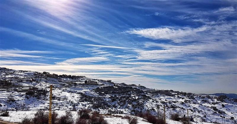 Magical Combination ❄️🌤🗾💙 livelovezaarour  zaarourclub  whpwindows ... (Mount Lebanon Governorate)