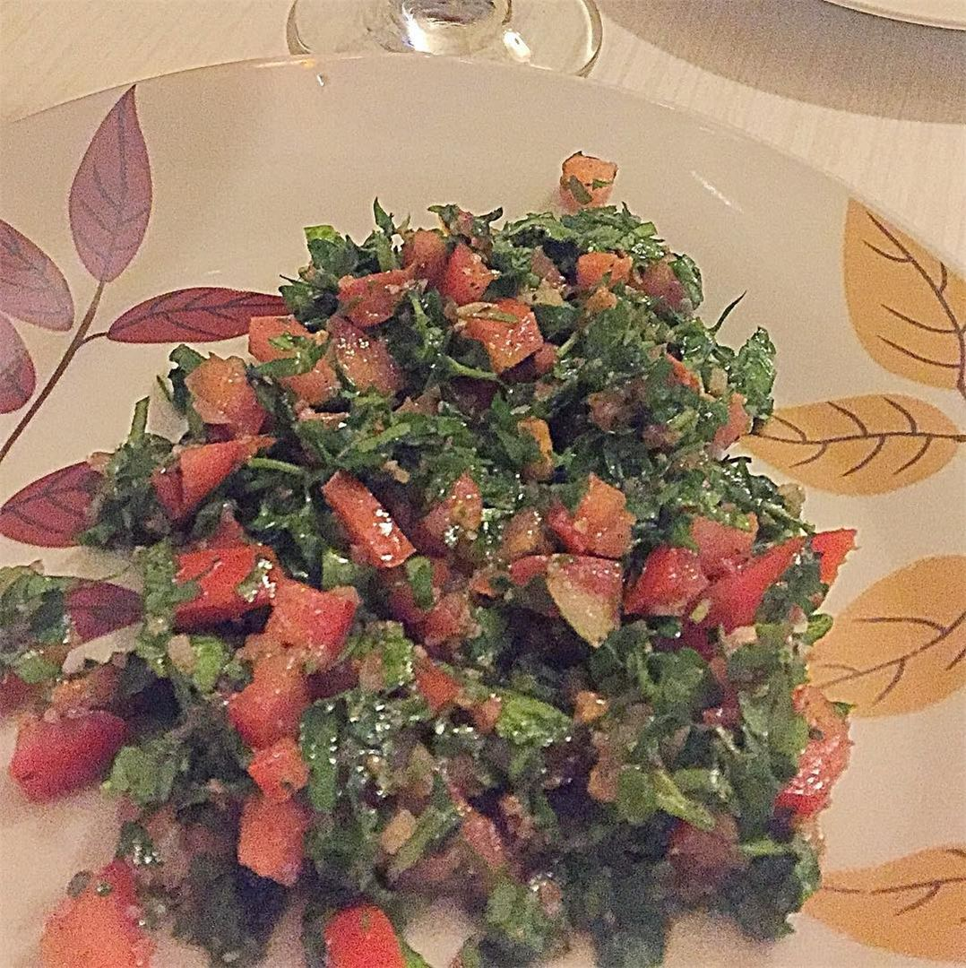 "Who's a big fan of ""Tabboulé"" 😍?It's a healthy salad for lunch or dinner..."