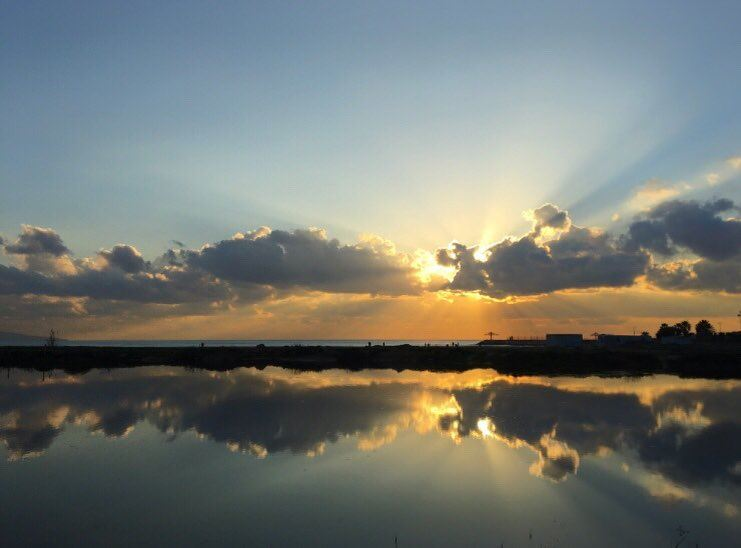 sun  sunset  love  instalike  clouds  beach  reflection  tyrecity ... (Tyre-Sour At Beach)