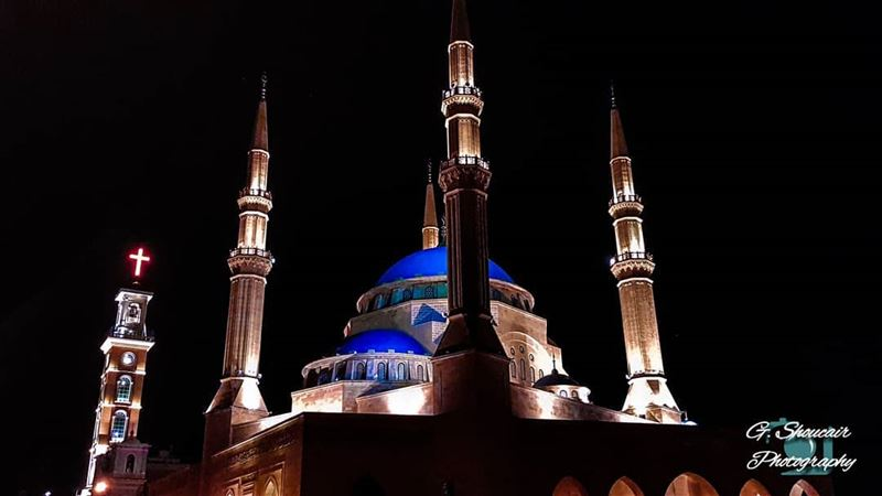 The best thing in our beloved country...We stand side by side ⛪❤🕌______🔴 (Downtown Beirut)