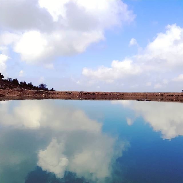 hikingaloneisawesome  hikerlife  hikeday  Hiking  sky ... (Jbeil جبيل)