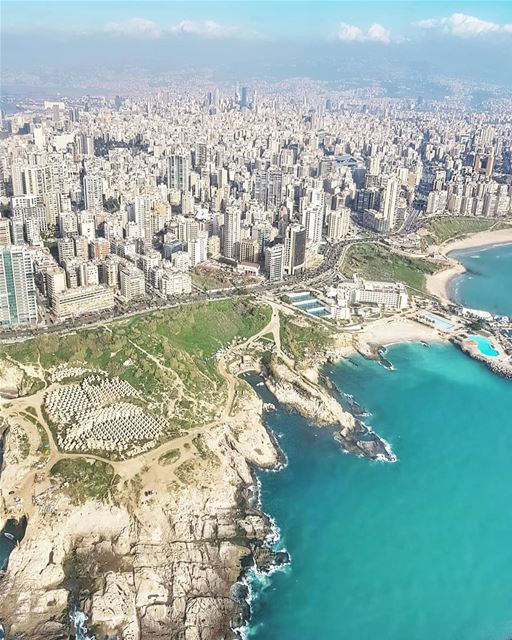 When Beirut beckons, who can resist such a beauty? 💙 Good morning! 😙 ... (Beirut, Lebanon)
