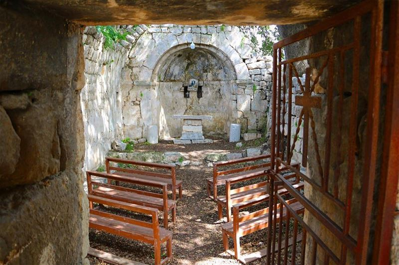 The church is a hospital for sinners, not a museum for saints!••••... (Smar Jubayl, Liban-Nord, Lebanon)