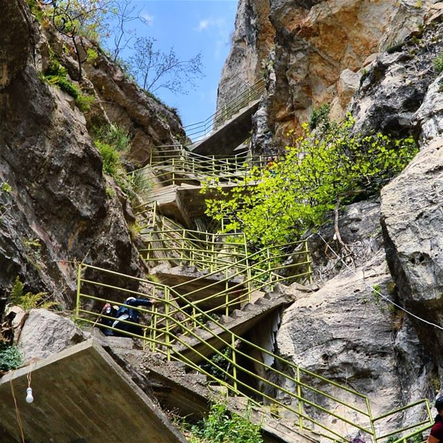 Stairways to heaven🇱🇧❤😍 hiking  adventure  trails  peak  stairs ... (Akoura, Mont-Liban, Lebanon)