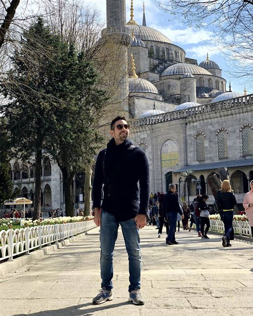 It's easy to stand in the crowd but it takes courage to stand with you.🕌 ... (Sultan Ahmet)