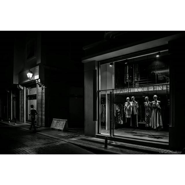 street  lebanon  downtown  night  bnw  blackandwhite  windowdisplay ... (Saifi)