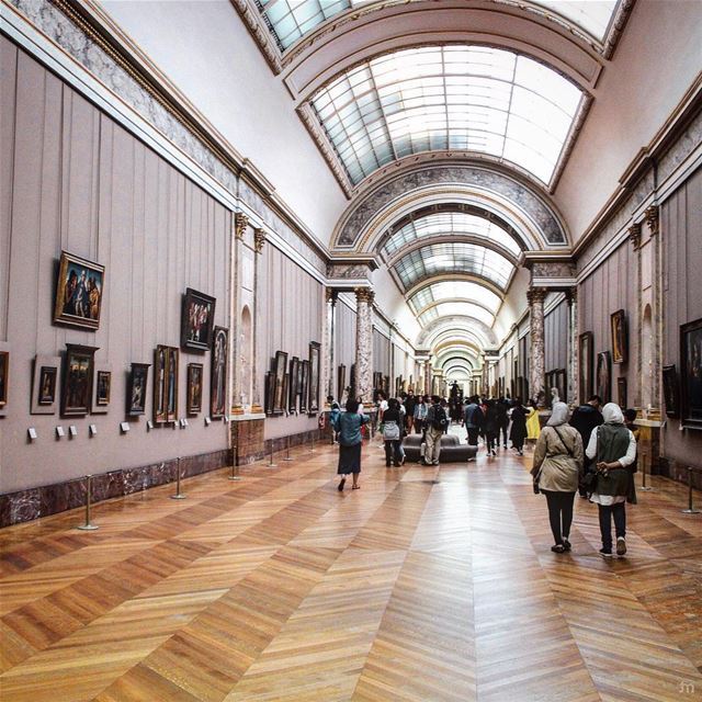 - You should in any case go to the museum often -... louvre  paris ... (Musée du Louvre)