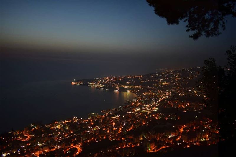 Everybody knows that everybody glows like the city lights.. 🌃...... (جونية - Jounieh)