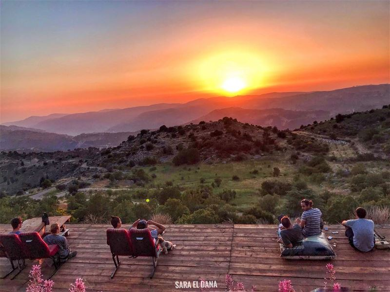 Welcome to my sunset theater! ☀️ Tag who you want to watch the sunset with! (Lebanon)