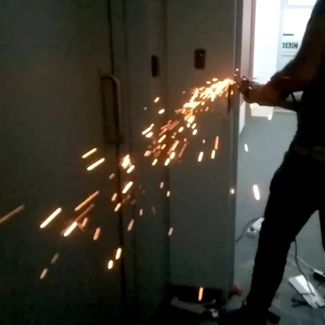 work  sparks  metal  iron  architecture  handyman  slowmotion  hightspeed... (Beirut, Lebanon)