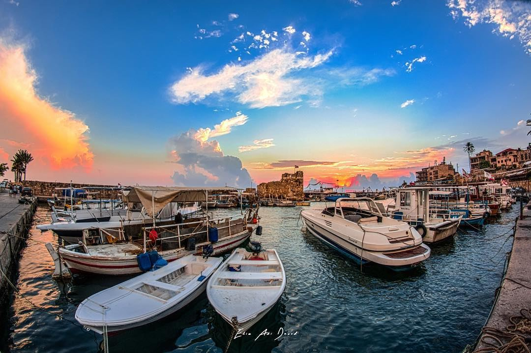 Those evenings in Byblos 😍  sea  harbour  ruins  history  boats  skies ... (Byblos)
