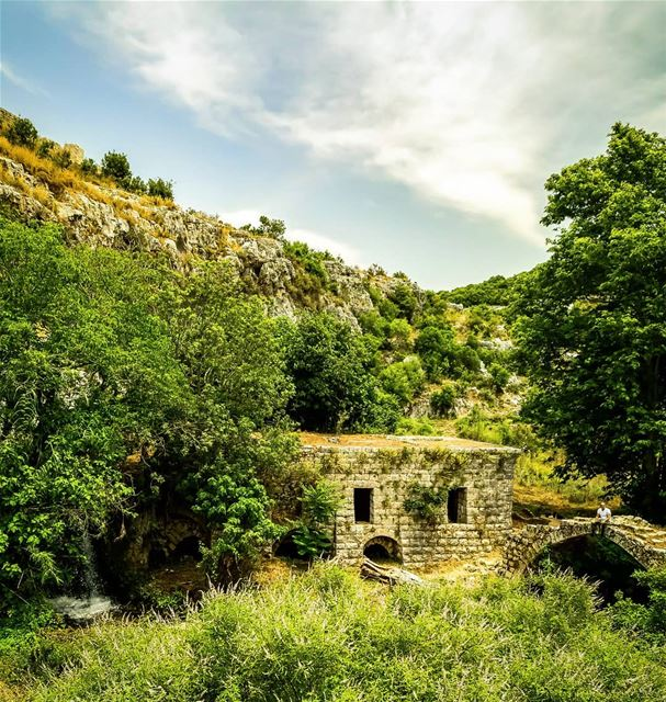 An old lonely house in the middle of nowhere ...A small waterfall on the... (Ijdabra, Liban-Nord, Lebanon)