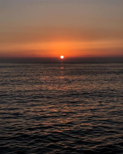 A classic sunset................ sunset  colors  classic ... (Marina Dbayeh)