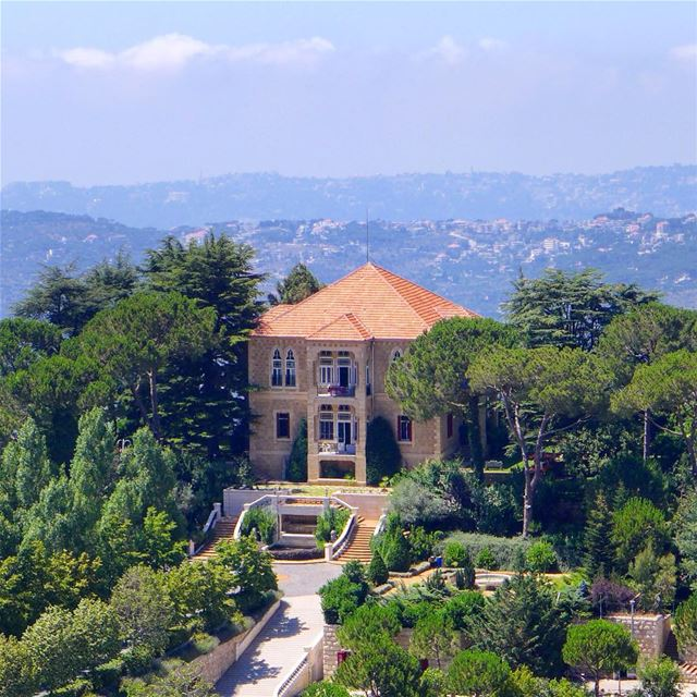 "... ""not allowed to take a picture of this house"".... but sorry I took the... (Sawfar, Mont-Liban, Lebanon)"