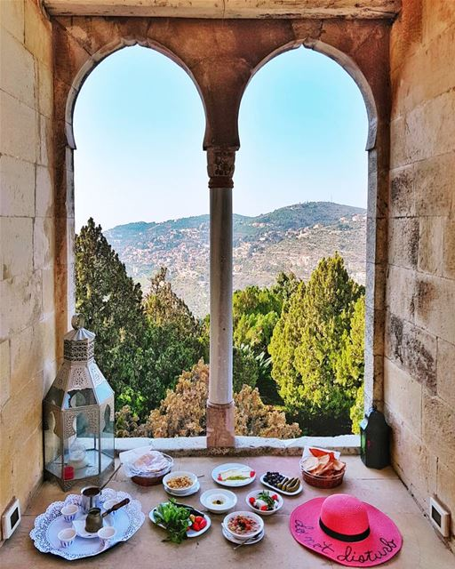 When in Lebanon... Breakfast this way, every day! 💙 Who would you share... (Mir Amin Palace Hotel)