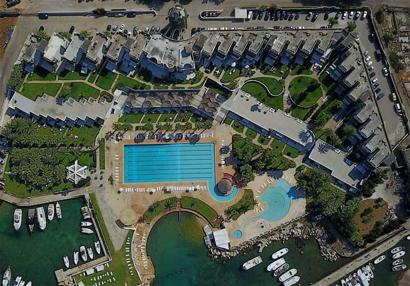 MarinaDelSol is a leading beach resort and one of the first resorts in... (Marina Del Sol)