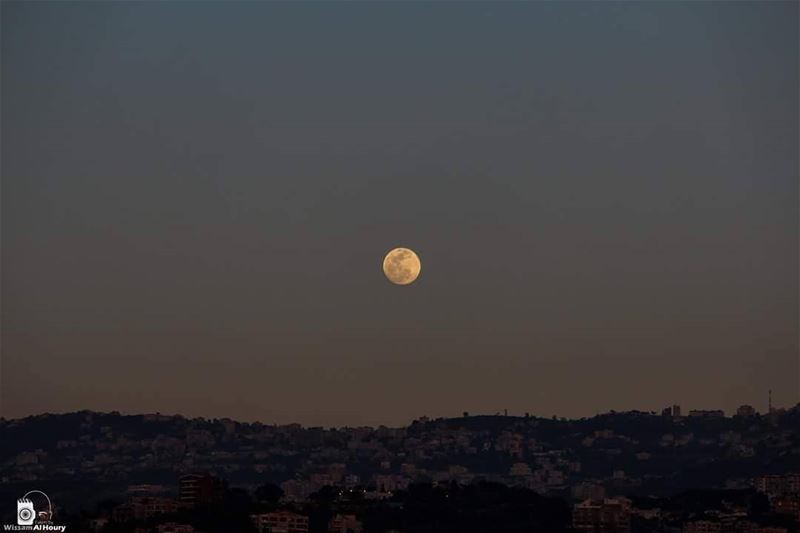 fullmoon moon moonlight nightphotography night sunset earth amazing... (Lebanon)