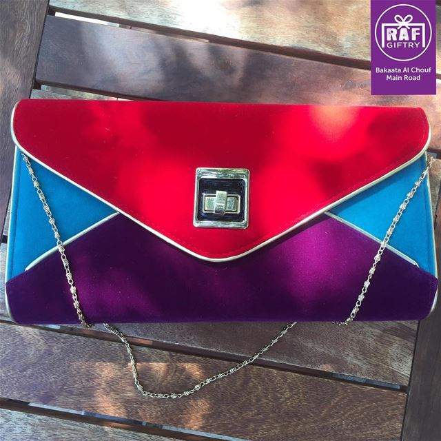 Keep your life colorful & joyful 🎨💃🏻 raf_giftry........ bag ... (Raf Giftry)