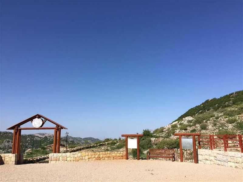 Clear Blue Sky in Qehmez this weekend. Visit  JabalMoussa !   unescomab ... (Jabal Moussa Biosphere Reserve)