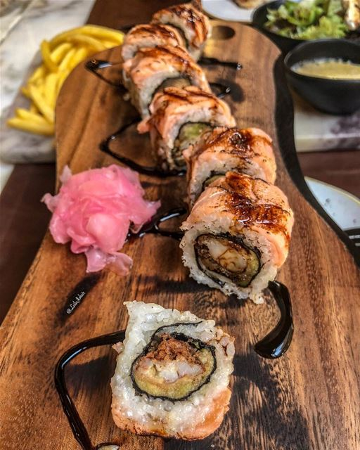 But i like it raw🤨...  cookedsushi  liveloveeat  tasteandflavors ... (Salted Bistro)