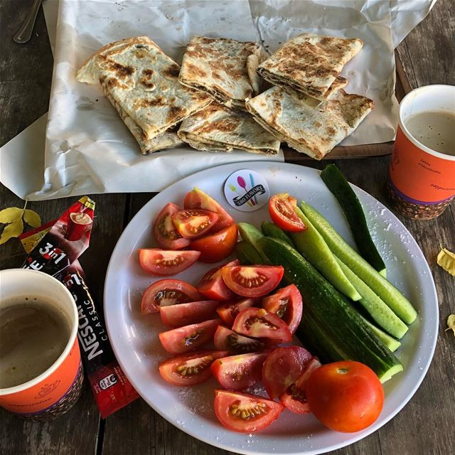 Sajj morning are the best 😍😍 missing our breakfast together @charlie_bakh (Sebaail, Liban-Nord, Lebanon)