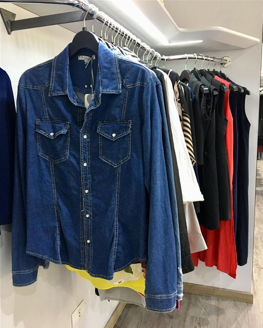 Denim shirt now on Sale, have a good Monday yall! DailySketchLook 414... (Er Râbié, Mont-Liban, Lebanon)