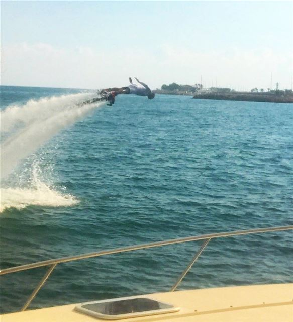 Hello October 🐬🍁 flyboard  flyboardlebanon  wateractivities  watersports... (Joünié)