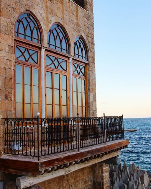 Starting off the week with the relaxing vibes of a house on the edge of... (Tyre, Lebanon)