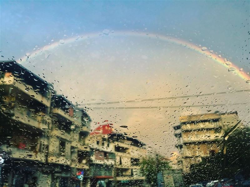 There would be no Rainbows 🌈 without sunshine 🌞 and rain 🌧 !——————————— (Aley)