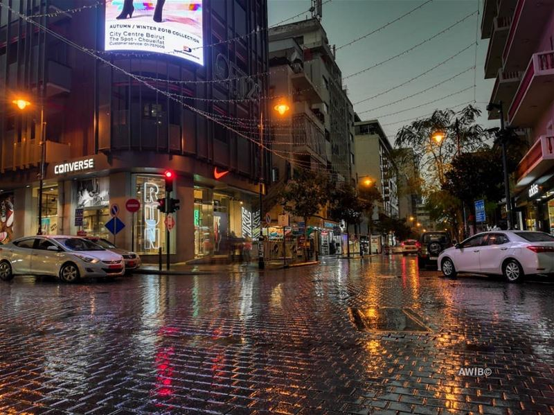 The nicest thing about the rain is that it always stops. Eventually rainy... (Hamra, Beyrouth, Lebanon)