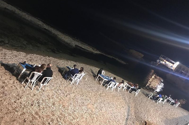 Saturday Night at RAY's  lebanon  batroun  bahsa  raysbatroun  beach ... (RAY's Batroun)