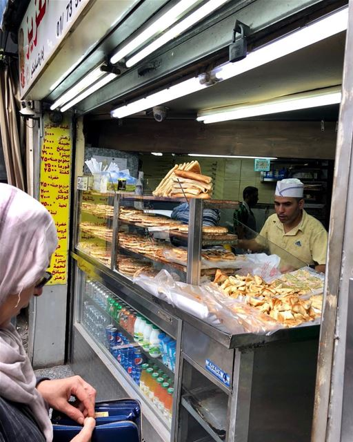 Street food in Beirut includes spinach hand pies and other delicacies. ... (شارع عبد العزيز)