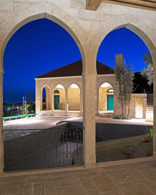 instagood  love  beautiful  art  architecture  photooftheday  photography... (Dayr Al Qamar, Mont-Liban, Lebanon)