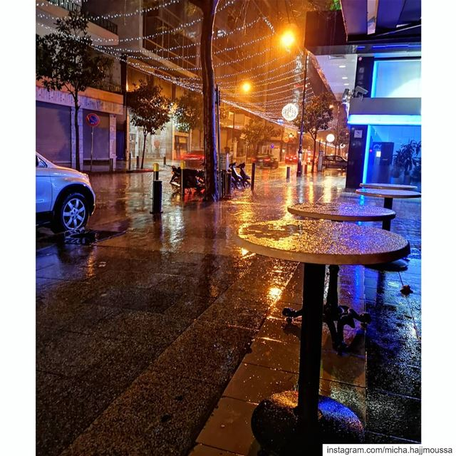 """Let the rain kiss you. Let the rain beat upon your head with silver... (Hamra, Beyrouth, Lebanon)"