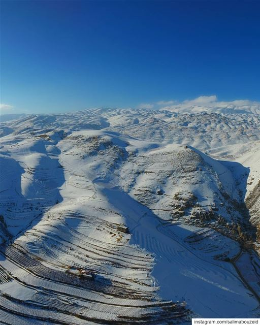 From Ferzol to Mount Sannine🔝❄Swipe ⬅️ for the view 💙------------------ (Lebanon)