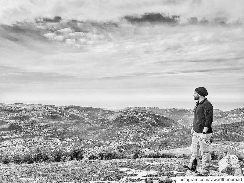The view is stunning even in black and white .... lebanon  mylebanon ... (Tannourine Mountain View)