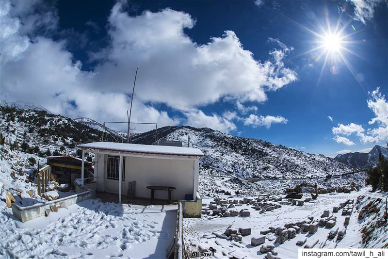 ☀️❄️ landscape  snow  winter  beautiful  clouds  picoftheday  fisheye ... (Kfar Hoûné, Al Janub, Lebanon)